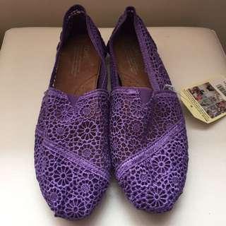 Toms (purple)