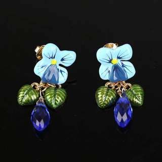 Les Nereides Violeta Flower Stud Earrings