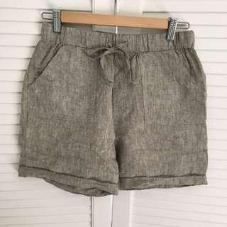 Max Linen Khaki Green Shorts