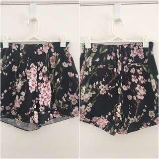 Zeitgeist Floral Shorts Size 6