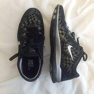 Nike Free Run 5.0, Size 9 Womens