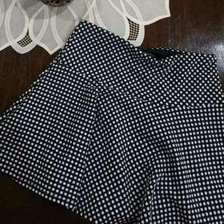 FOREVER21 Polka Dot Fluted Hem Miniskirt
