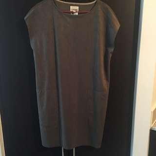 Aritzia - Wilfred Free - Nori Dress (Dark Olive)