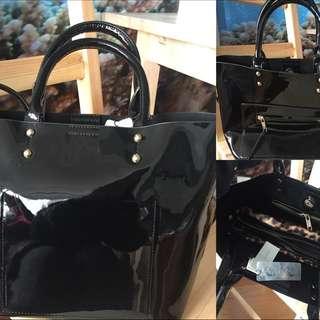 "Parfois ""Black Shiny Leather"""