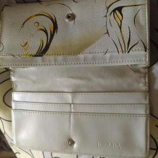 Prada Wallet Non Authentic
