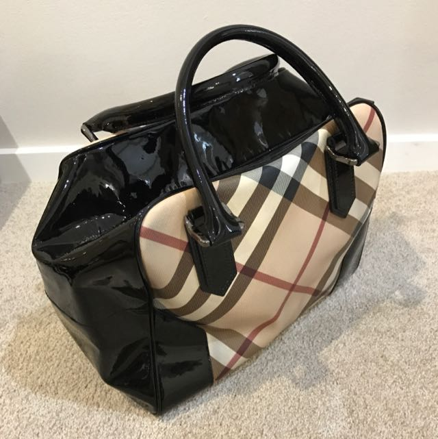 Authentic Burberry Check And Black Patent Bag
