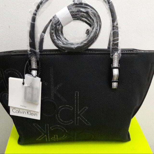REPRICE! Authentic Calvin Klein Hailey Cross Bodybag