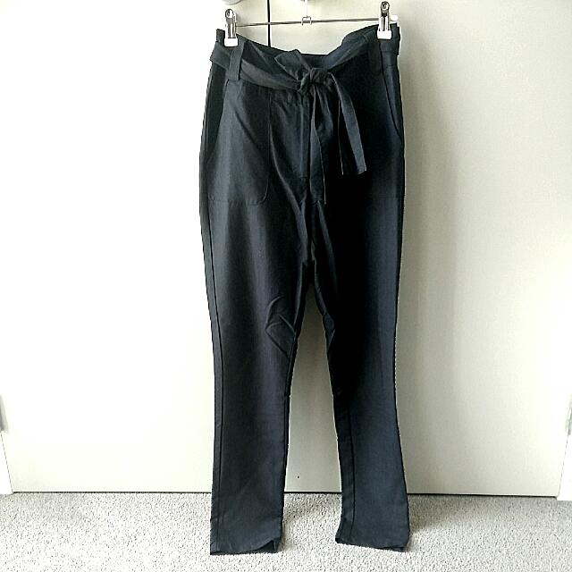 Black Cigarette Pants (Size 6)