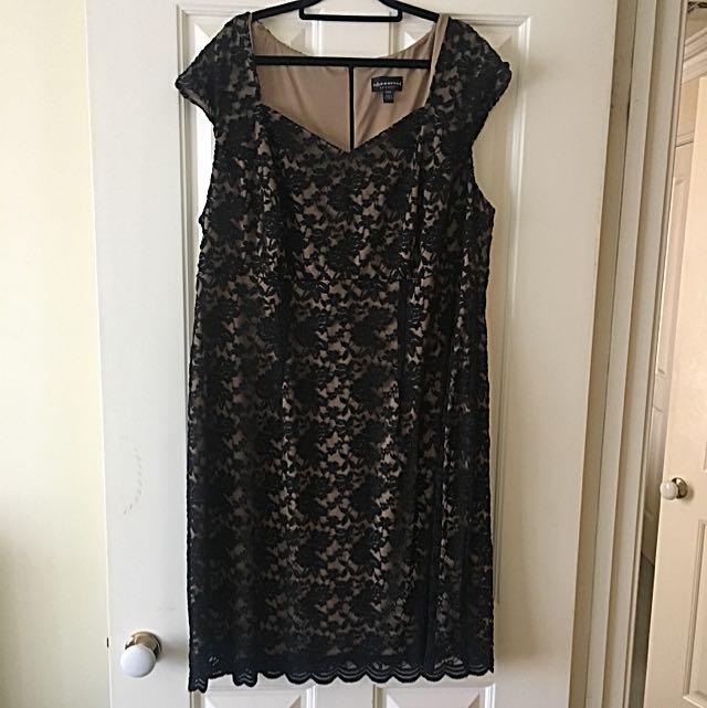 BLACK/NUDE LACE DRESS - Size 20 - Plus Size
