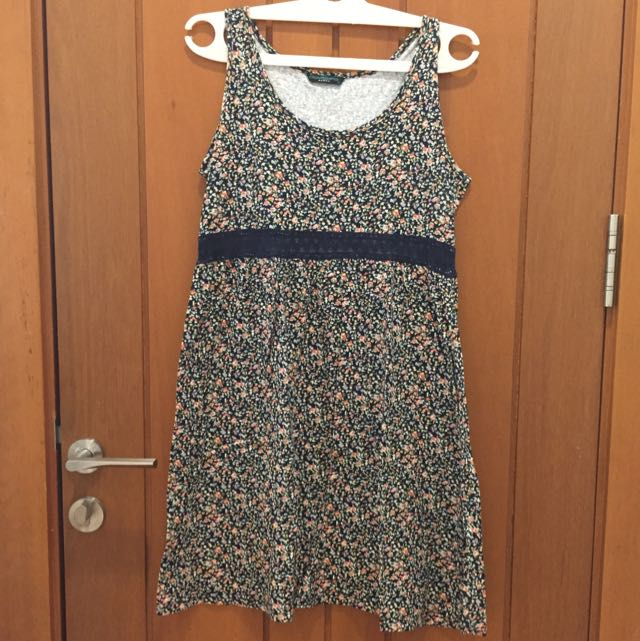 Contempo floral dress XL