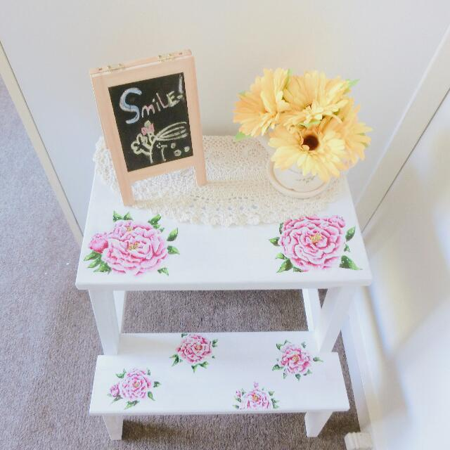 Hand -painted Flower Stairs