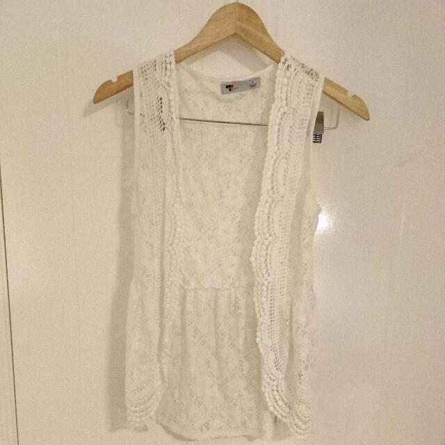 Lace Sleevless Cardigan - Size S