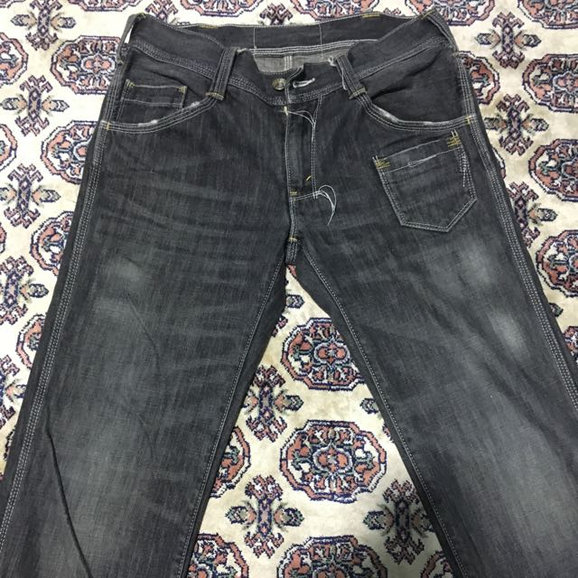 45fed584 Levi's Strauss 502 Black Wash Jeans, Men's Fashion, Clothes on Carousell
