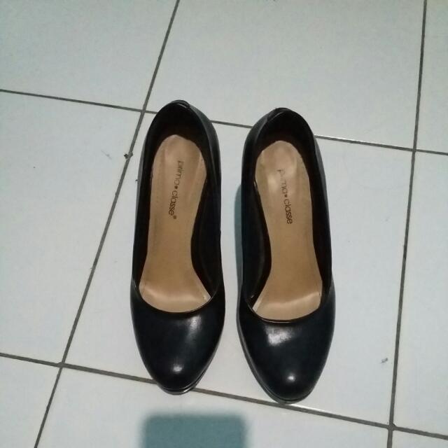 REPRICE!!!! Prima Classe Heels Black