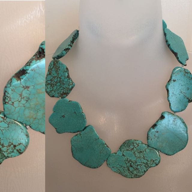 TURQUOISE LARGE STONE STATEMENT NECKLACE
