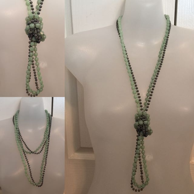 VINTAGE LONG WRAP BEADED NECKLACE