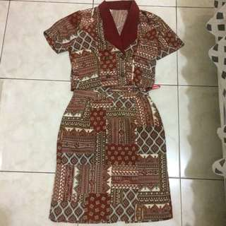 Set Office Tribal Maroom Dress High Quality Of Material Size S