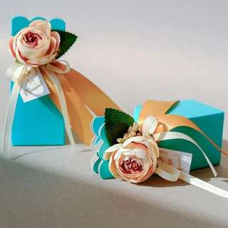 Vase Box Wedding Entourage Gift Boxes For Guest Topped With Flower Decoration Red Tiffany Blue Other Colours