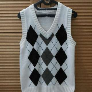 Rompi Sweater Fashion (Broken White)