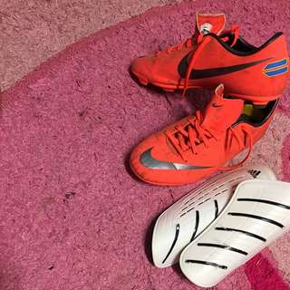 Nike Woman's Football Boots