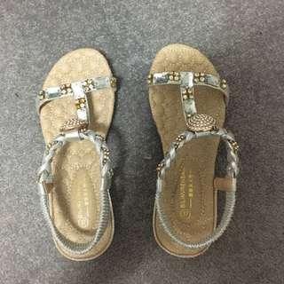 Sandals size 37