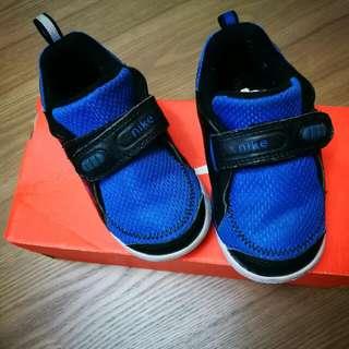 Nike Shoe for Toddler UK 7.5