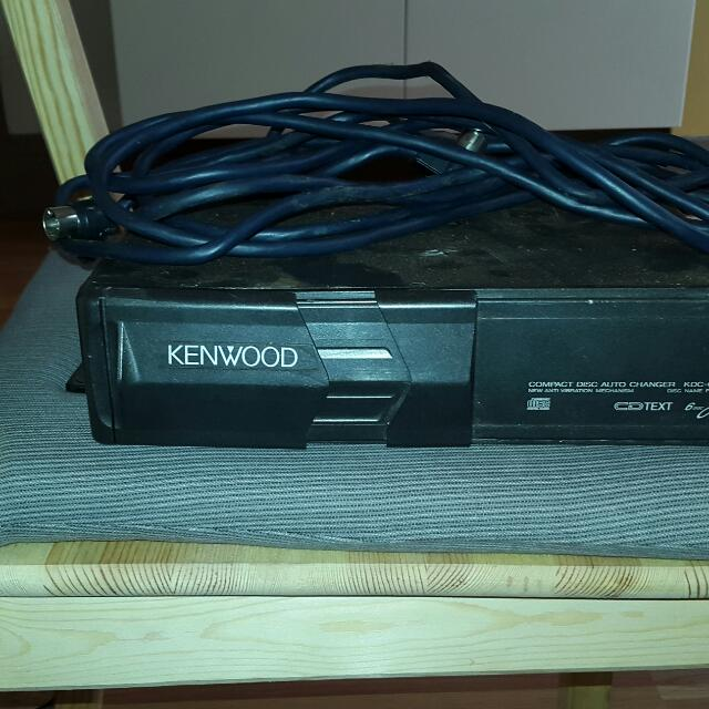 5 Cds Loader  Kenwood  For Car With Cable Included