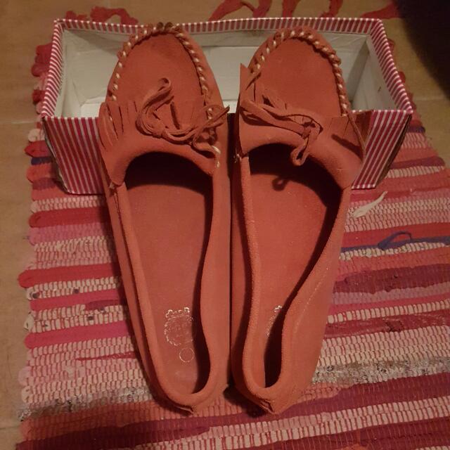 橘色流蘇平底鞋
