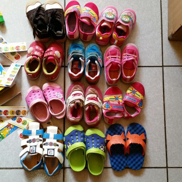 免費贈送全新和二手的童鞋