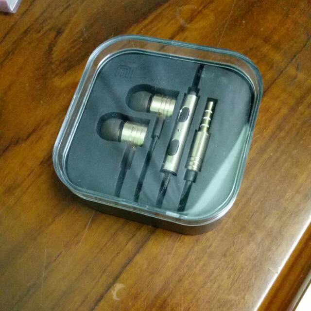 小米活塞耳機