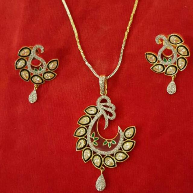 Artificial Indian Pendant Set
