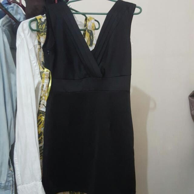 Black Unbranded Sexy Vneck Dress