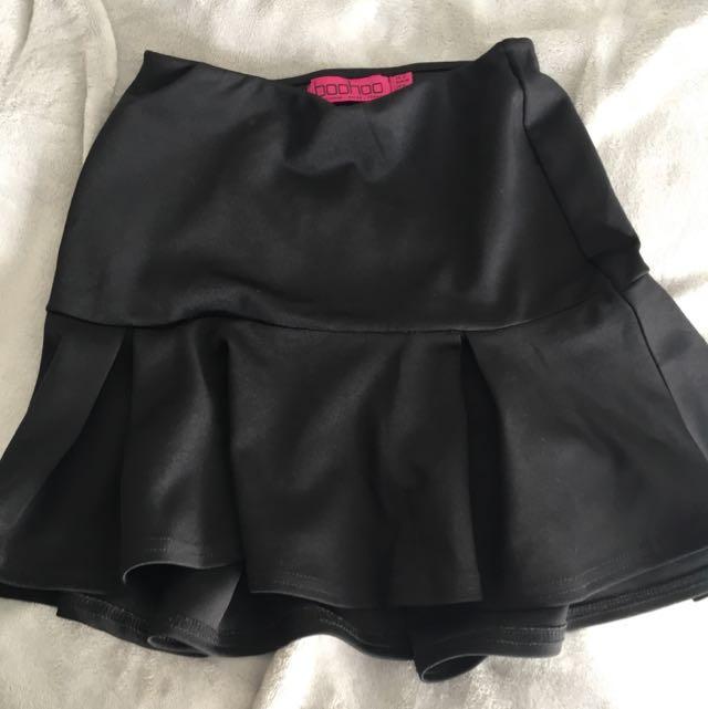 Boohoo Black Skirt