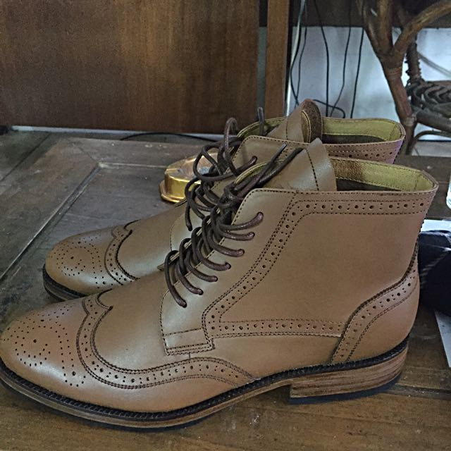 Boots Wingtip Brown