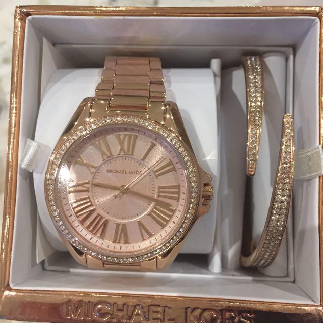 Brand New Michael Kors Watch And Bracelet Set