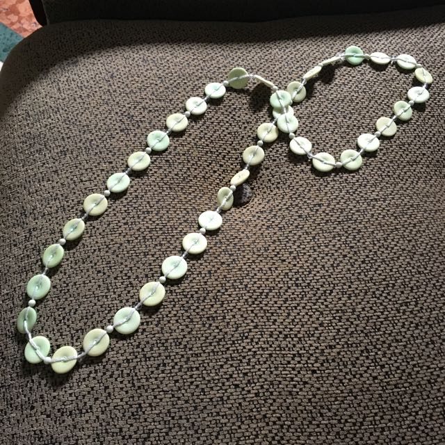 Button Green Necklace