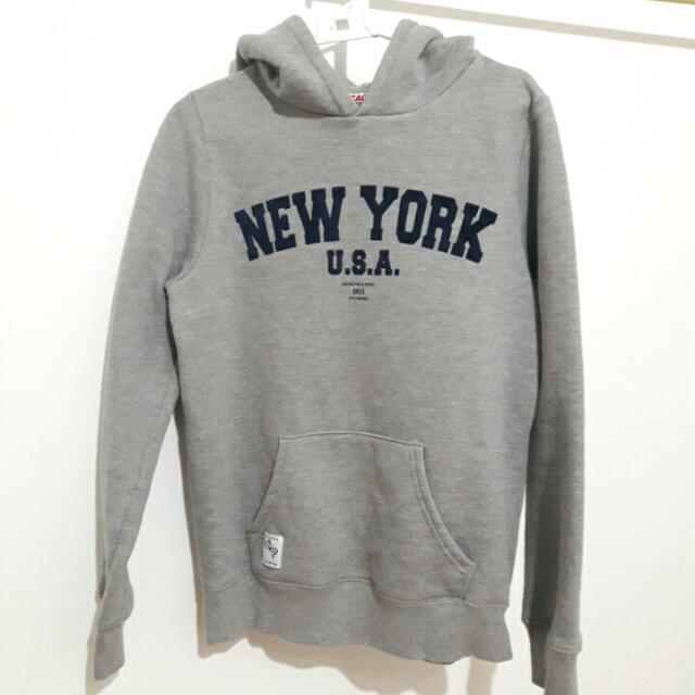 CACO New York灰色大學帽T