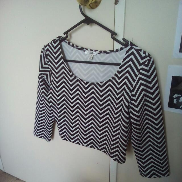 Cropped Long Sleeve Patterned Top