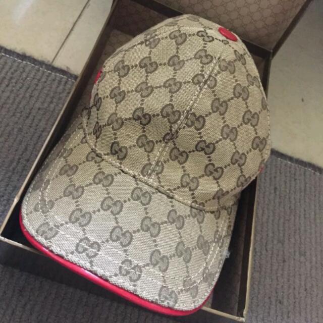 Gucci Hat Limited Edition Red White Stripe Rare Small Cap GG Logo ... 0b1a053ff80