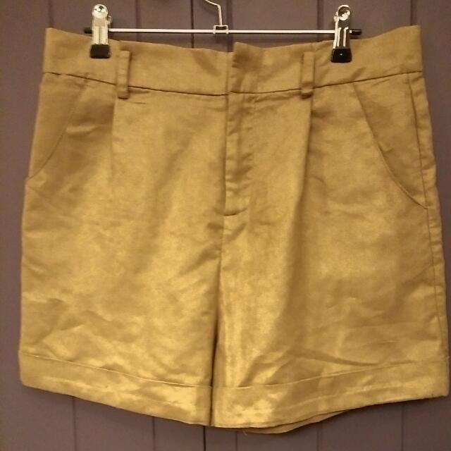 Ladakh Tan Suede Shorts Au 12