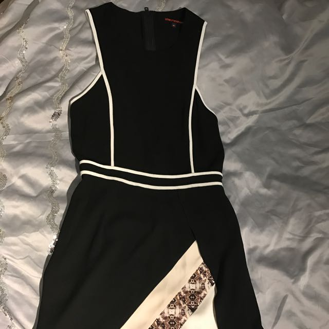 Oneoneseven Dress Says Size m But It's An 8