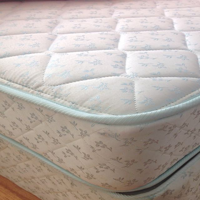 Queen Side Mattress & Base