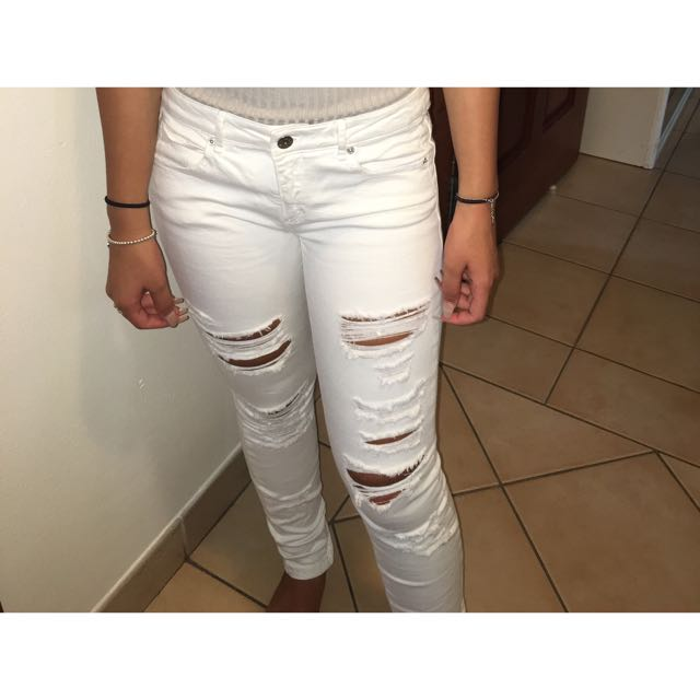 ZARA Ripped White Jeans