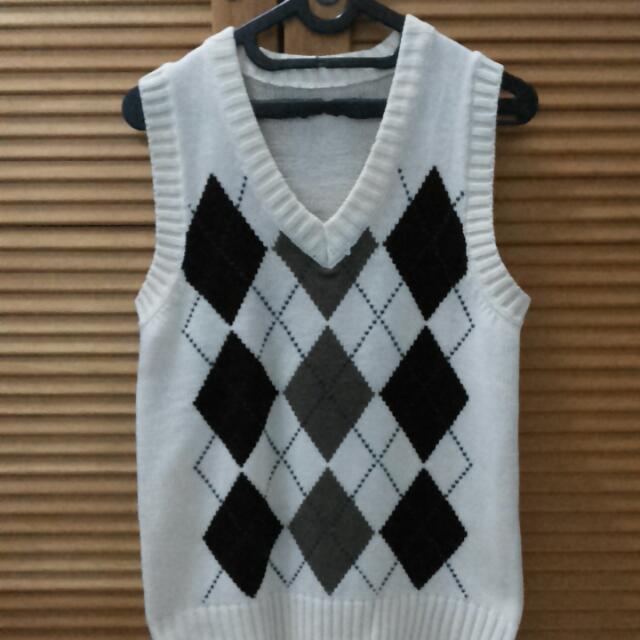 Rompi Sweater Fashion (Broken White)