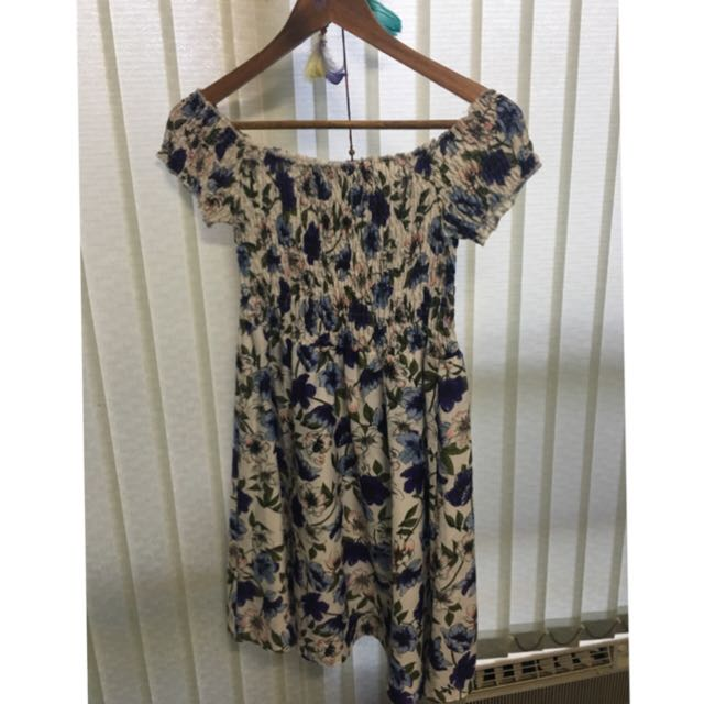 TEMT off shoulder floral dress