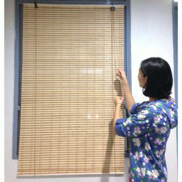 Tirai Bambu Jendela