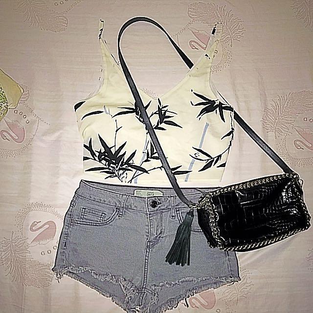 TOPSHOP daisy short shorts