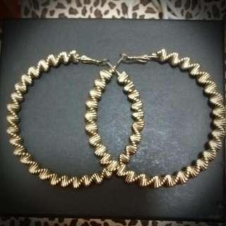 復古金色扭紋大圈耳環
