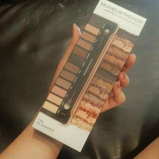 Models Prefer Matte Nude Shadows Tin 12 Shades 15g