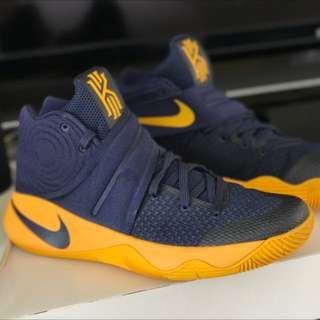 Kyrie Irving 2 (9 US). :  (Authentic)